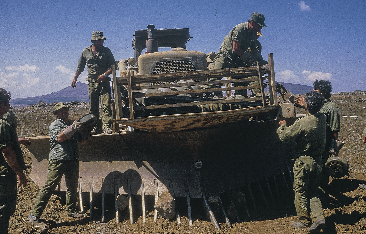 Mine sowing - Golan Heights, 1986
