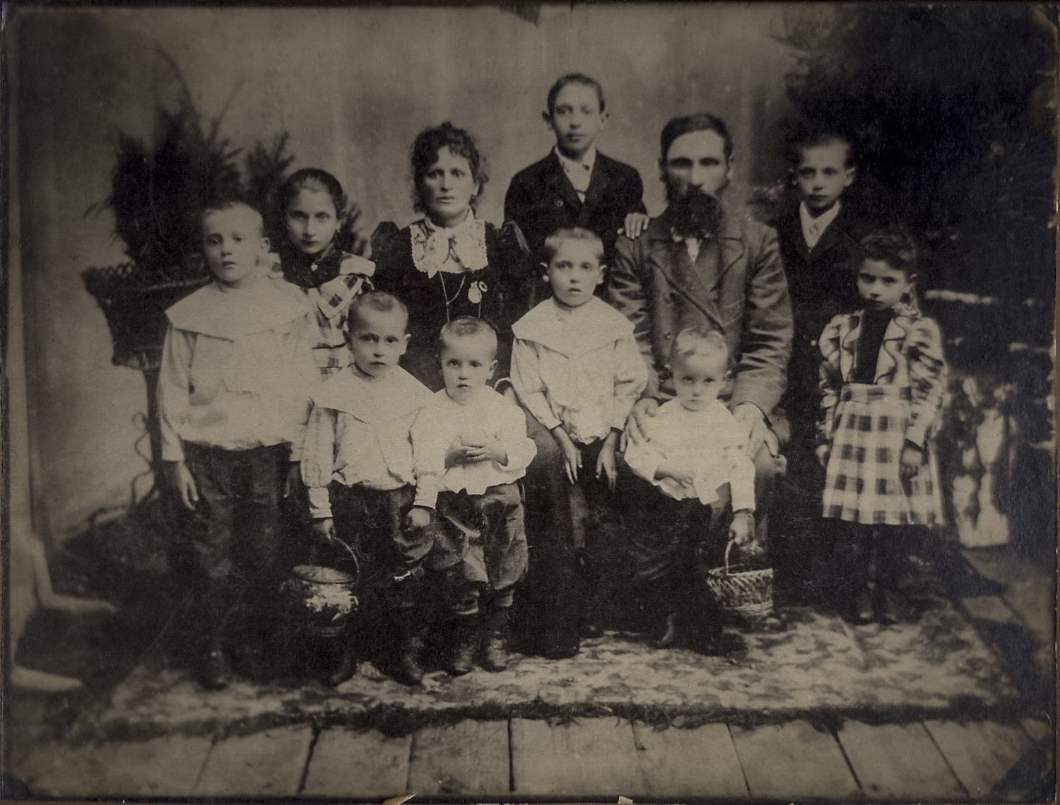 My great grandparents, Zoruch and Grunya with their family. My grandfather, Max, is the first on the left. - Keidan, circa 1902