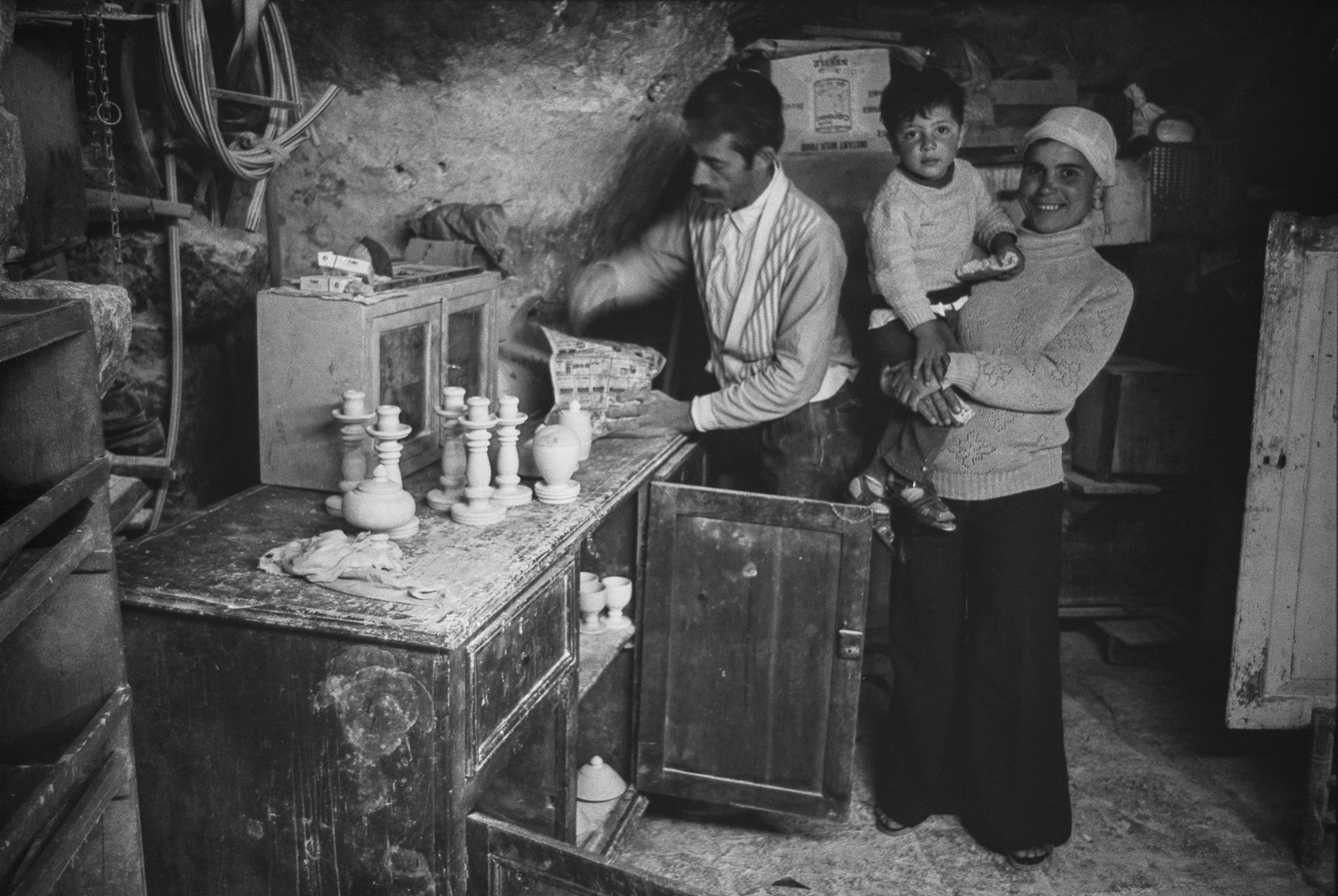 Stoneworker and family, Bethlehem - 1978
