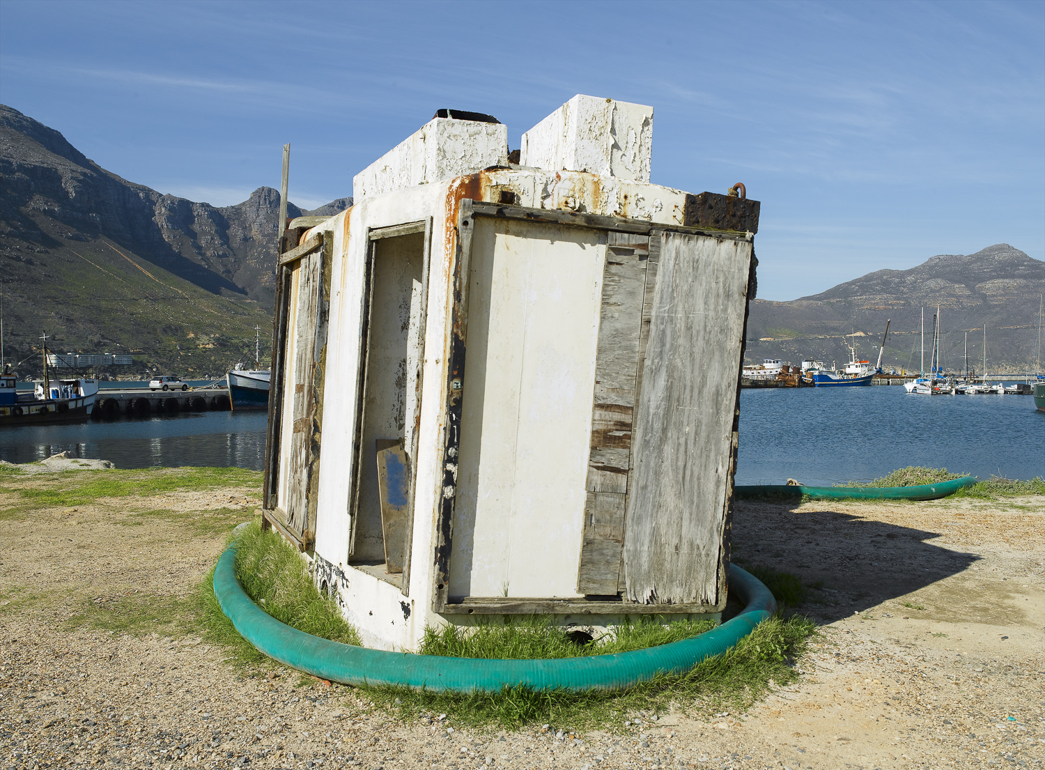 Structure - Hout Bay, 2006